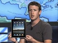Dueño de Facebook con iPad