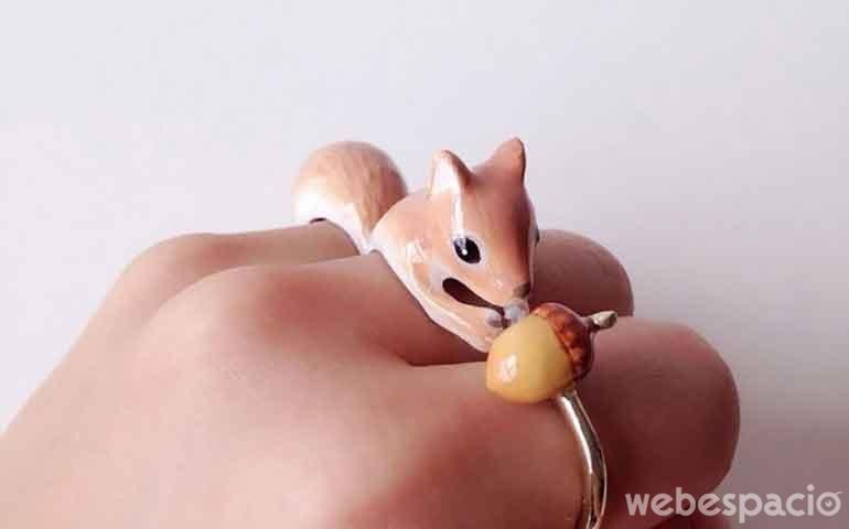 curioso-anillo-de-animales
