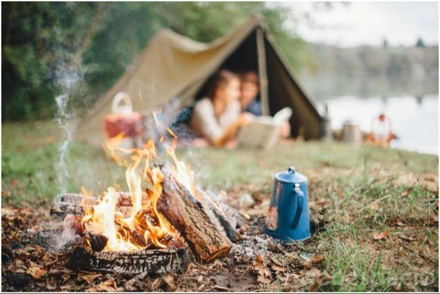 acampar-con-extanos