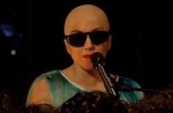 Lady Gaga calva