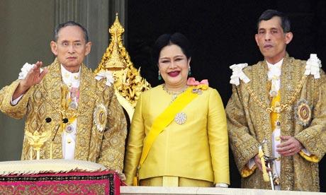 Tailandia prohíbe en Facebook publicaciones en contra de la monarquía