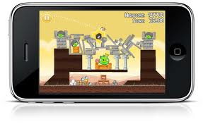 Apple iPod Touch 2011 con Angry Birds