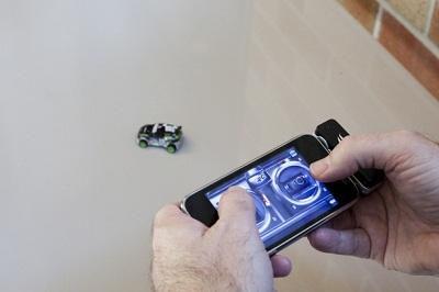hot-wheels-rc-initro-speeders-iphone