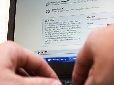 Los mejores momentos para publicar en Facebook y Twitter