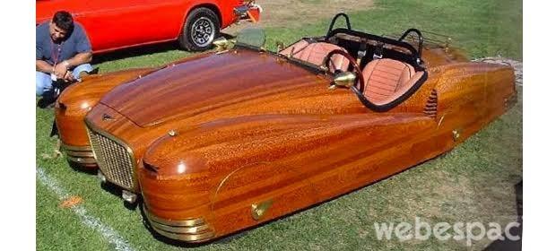 auto-de-madera