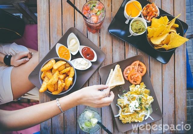 primera cita comida en festivales