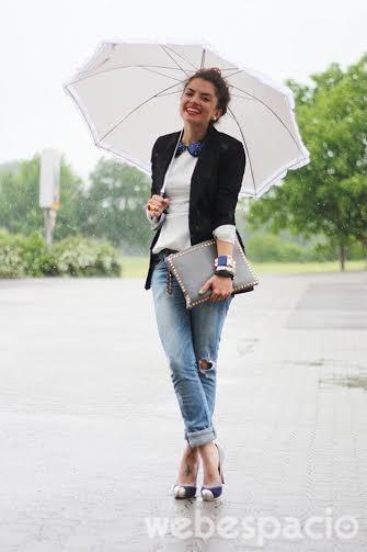 elegante-con-pantalones-jeans