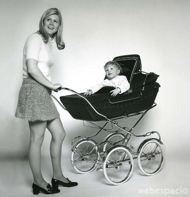 antes-no-habian-coches-de-bebe-plegables