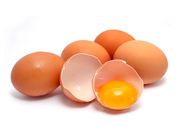 yema-de-huevo-para-la-caida-del-cabello