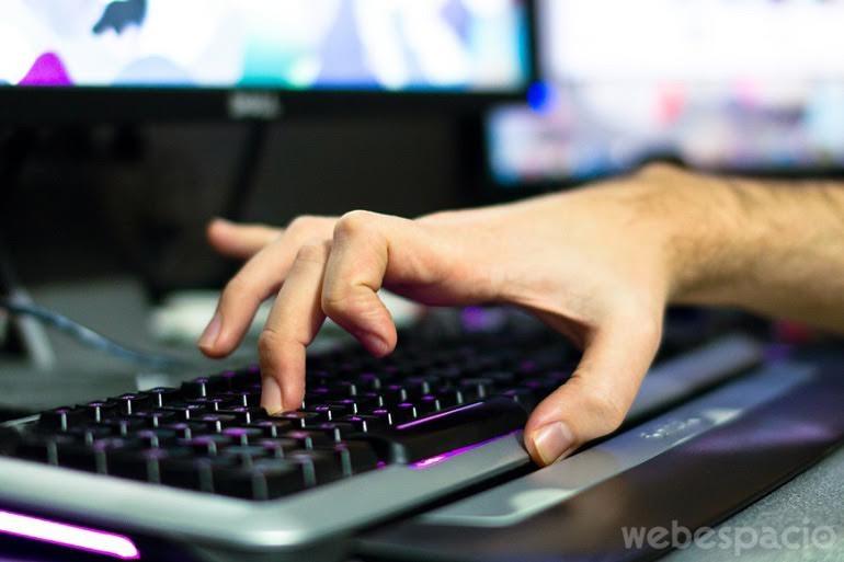 alaska-teclado-qwerty
