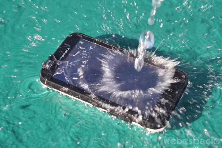 celulares-resistentes-al-agua