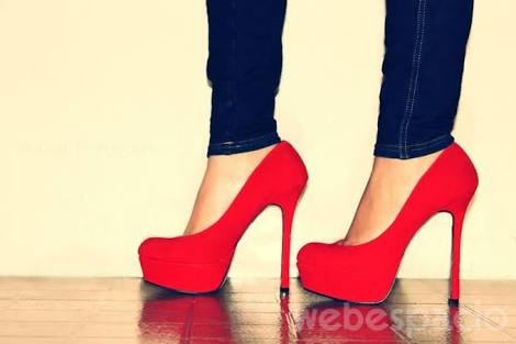 usar tacones altos