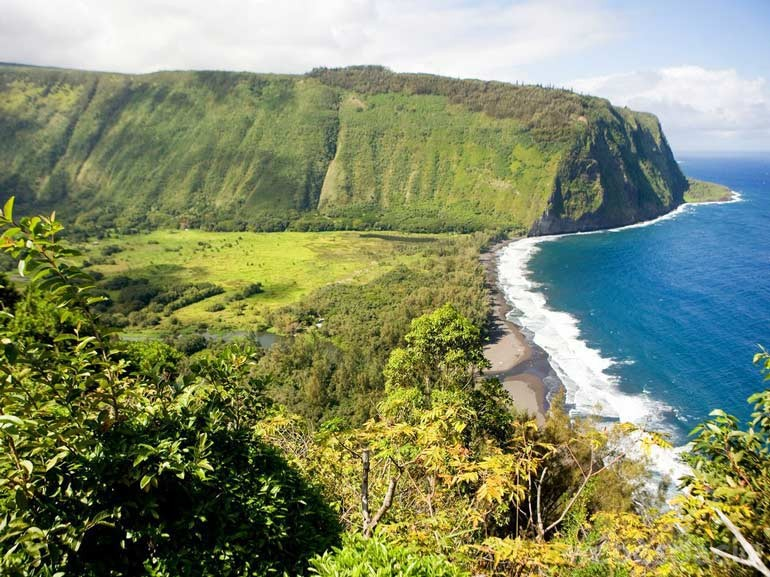 waipio valley playa hawai